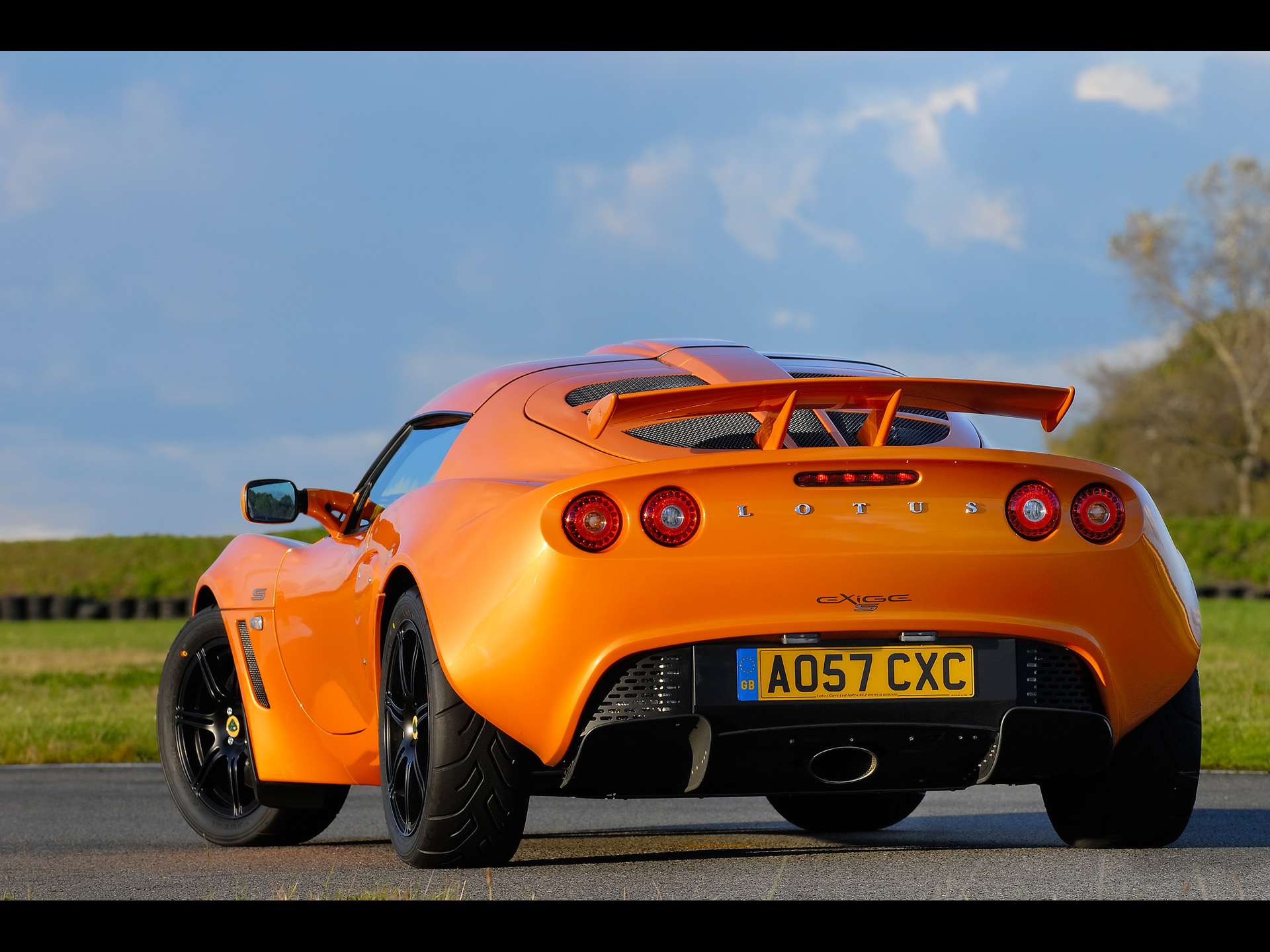 2008-lotus-exige-s-performance-package-rear-angle-1920x1440